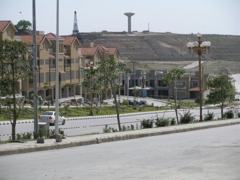 4 Marla Commercial Plot For Sale In River View Commercial Bahria Town Manahil Estate